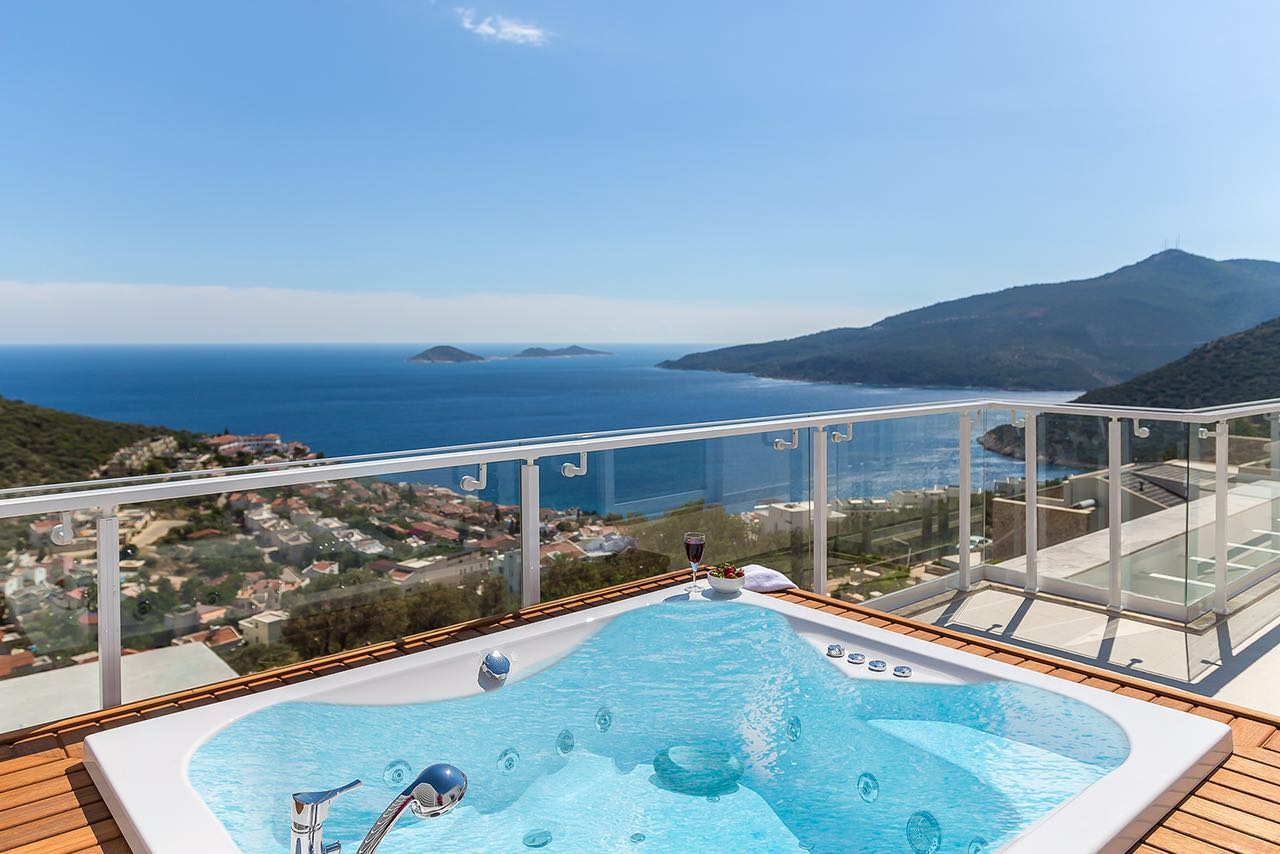 Luxury Three Bedroom Villa to Rent in Kalkan, Turkey