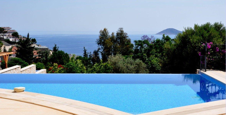 Luxury fur bedroom villas in Kalkan, Turkey